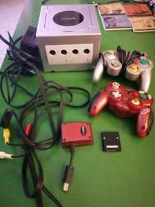 NINTENDO GAMECUBE BUNDLE GAMES CONTROLLERS RETRO GOOD SHAPE