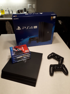 PS4 PRO - Mint Condition - 2 Controllers - 6 Games