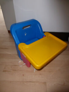 Booster seat with tray Kitchener / Waterloo Kitchener Area image 1