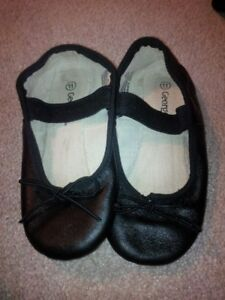 Black Dance Slippers sz 11