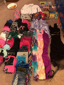 Lot of Girls cloths size 7/8 (small)