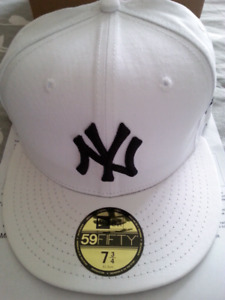 Mens NY fitted hat New