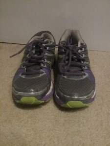 ASICS woman running shoes size 7