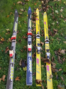 2 pairs of ski's for sale