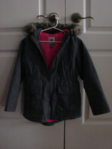 Girls winter jacket size 6-7 Old Navy