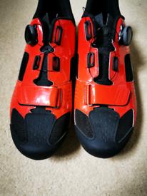 Giro Trans Boa-size 10 UK - Road cycling shoe. Full carbon sole
