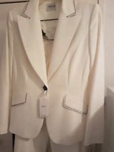 BRAND NEW ARMANI WOMEN'S SUIT