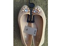 Ladies sparkly slip on shoes