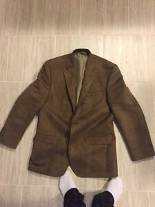Suede Blazer in excellent condition! Only worn once!