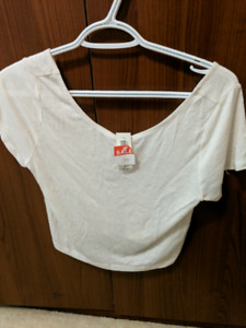 640f1ae50eed57 Crop Top   Buy New & Used Goods Near You! Find Everything from ...