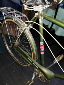 GREEN CCM BICYCLE MADE IN CANADA