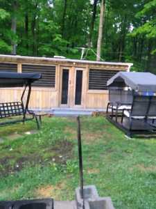 2006 bighorn 33' with extension 10'x23'