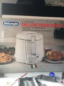 Delonghi Deep Fryer