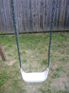 Playstar swing with plastic seat London Ontario image 1