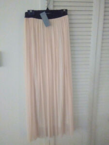 New With Tags LOVE Maxi Tuille Skirt