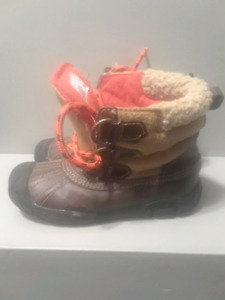 Boys winter boots size 10