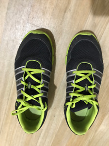 Adidas Men's Running Shoes - Size 10.5 - Excellent Condition