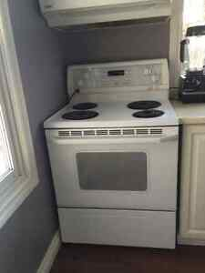Whirlpool Convection Stove/Oven