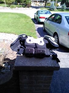 FOOTBALL TPX M-L CHEST PROTECTOR Windsor Region Ontario image 2