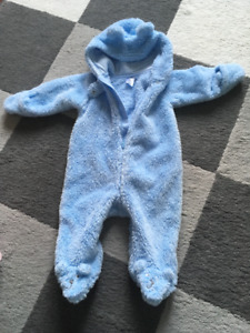 Carter Baby Boy footed outerwear 6m (New)