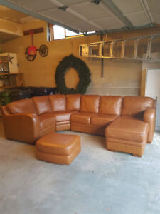 """Top Quality """" Palliser"""" Leather Sectional Couch, Paid Over $850"""