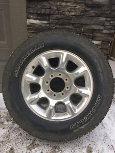 Ford F250 / F350 Rims x 4 and Michelin LT Tires - 275 65 R20