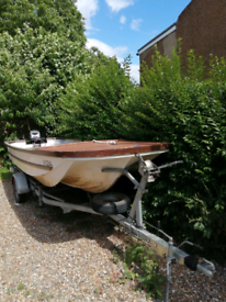 17 ft cathedral hull boat, 20hp engine and fully galvanised trailer