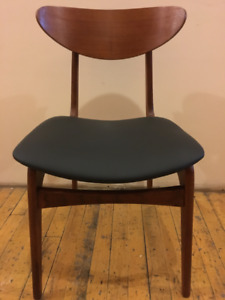 CHAIRS/ SET OF 4