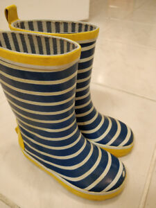 Kids rain boots size 7 / 8 - very good condition!