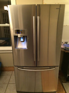 Samsung 28.5 Cu.Ft French Door Refrigerator with Ice/Water