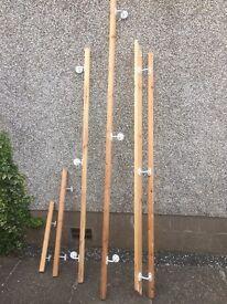 Wooden hand rail - with brackets