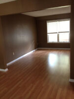 2 Storey House 3 Bedroom 2.5 Bathroom SOUTH END BARRIE