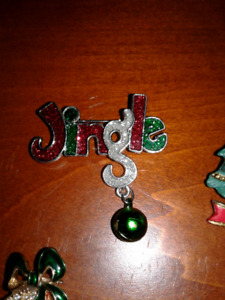 Collection of Christmas holiday pins brooch broaches