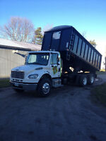 2008 Freighliner flatbed dump with removable grain box