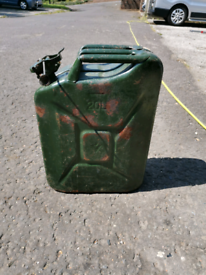 20 litre petrol can FREE