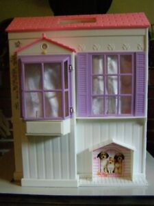 Barbie Fold out Doll House