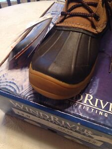 ************  DUCK BOOTS - Size 13  **************