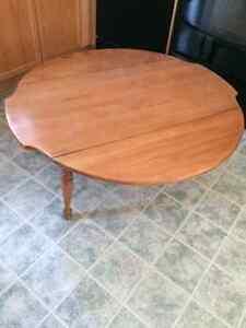 Kroeler  Drop leaf coffee table London Ontario image 2