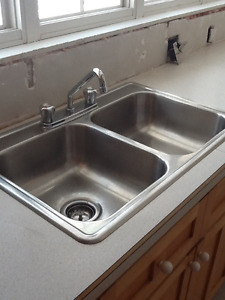 Moen Faucet and Stainless Steel Double Kitchen Sink