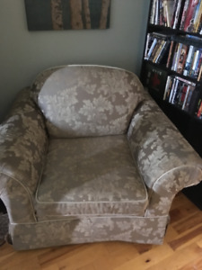 Couch and matching chair