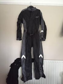RST waterproof suit to cover leathers