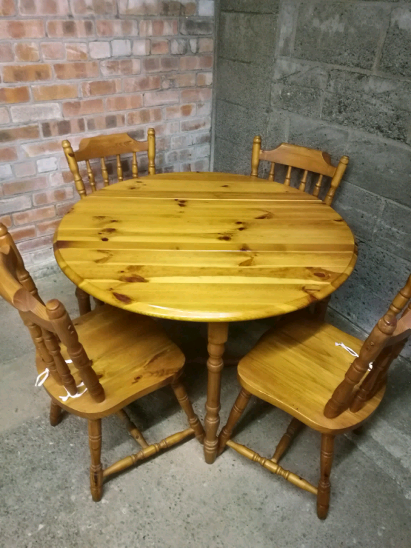 Pine Circular Folding Dining Kitchen Table & Chairs