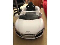Avigo Child Audi R8 spyder Electric car