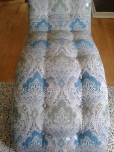 BEAUTIFUL REUPHOLSTERED CHAISE LOUNGE