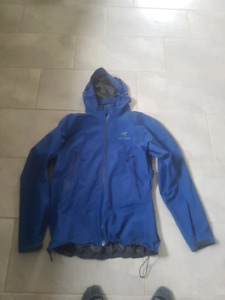 Mens Arcteryx Beta jacket