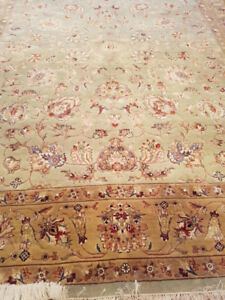 Natural wool with silk greenish area rug 6' x 9'