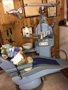 1970'2 Ritter Dental Chair