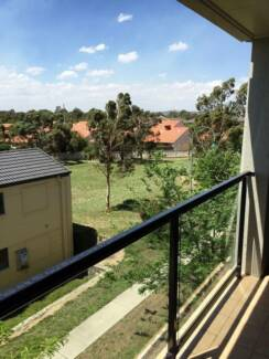 Unfurnished room for rent in Bruce, ACT