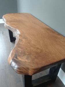Live Edge and Reclaimed Wood Tables, Desks, Beds