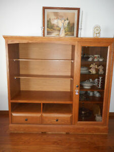 Beautiful oak storage/display unit $225